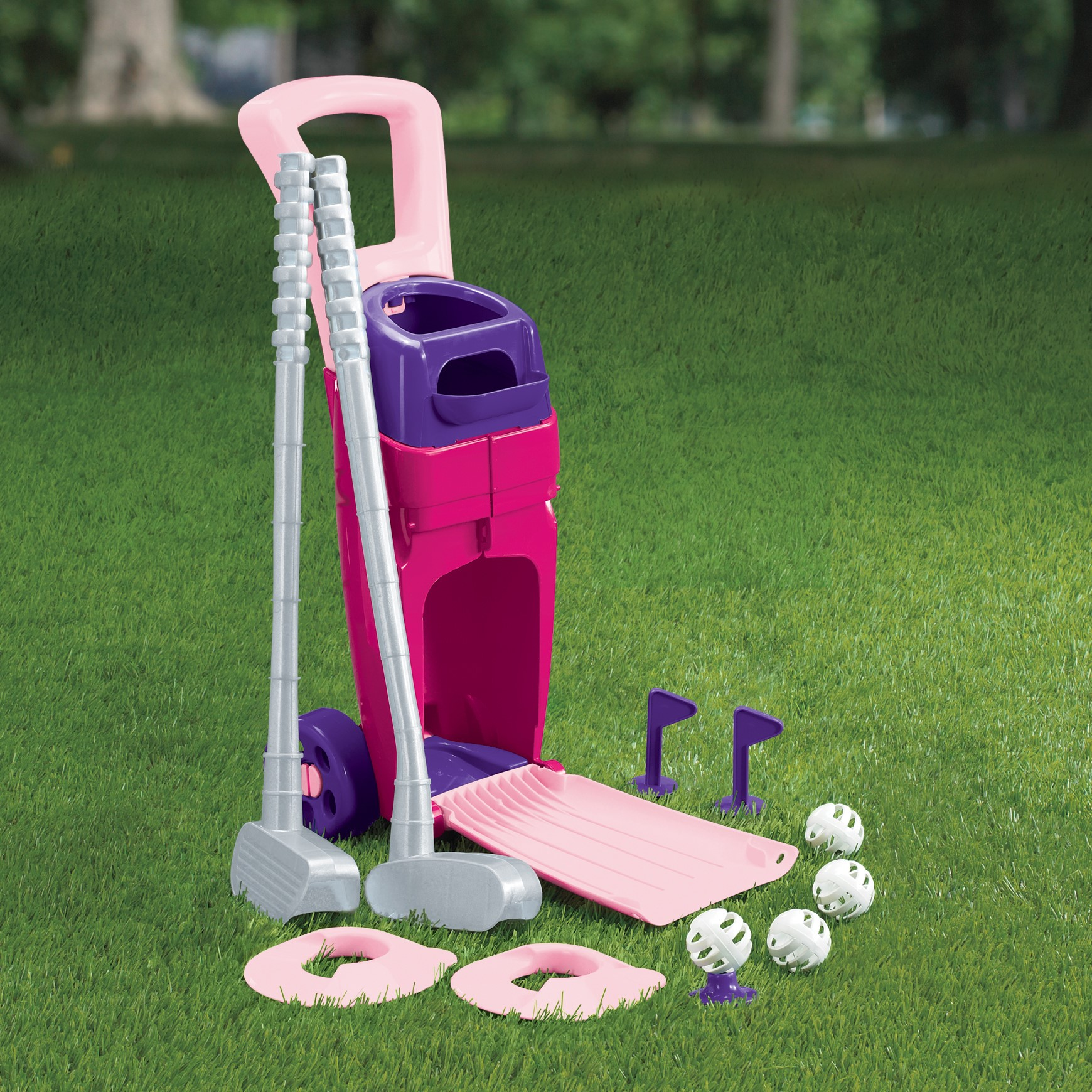 American Plastic Toys Junior Pro Girl's Golf Set by Generic
