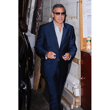 George Clooney Leaves The Live With Regis And Kelly Taping At The Abc Lincoln Center Studios Out And About For Celebrity Candids - Thu  New York Ny October 6 2011 Photo By Ray TamarraEverett Collectio (Regis And Kelly)