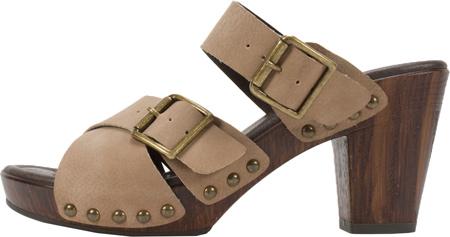Women's White Mountain Siesta Sandal Economical, stylish, and eye-catching shoes