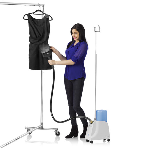 Reliable Corporation Vivio Professional Garment Steamer with Heavy-Duty PVC Steam Head