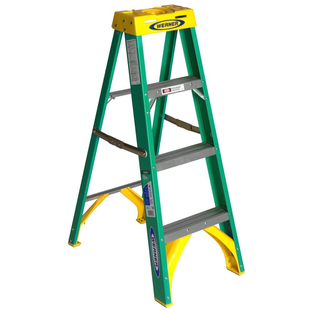 Werner 5904 4' Fiberglass Step Ladder by Werner