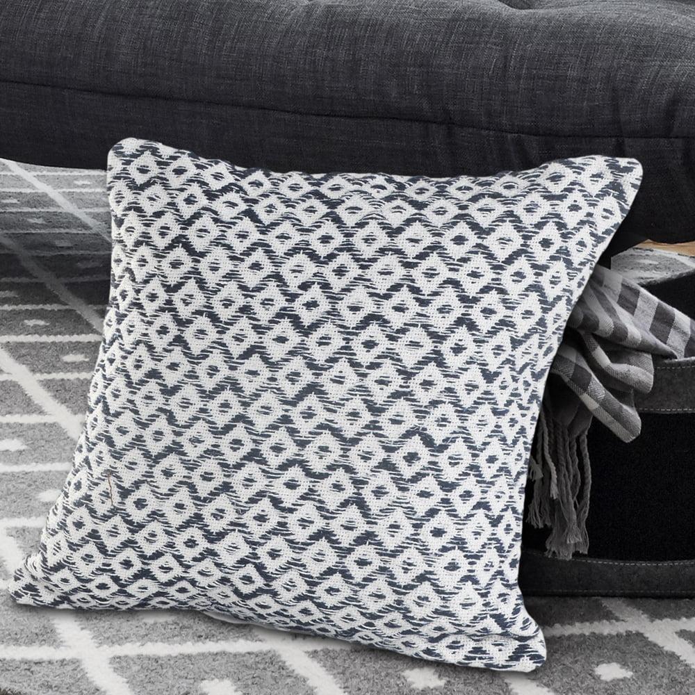 LR Home Diamond Paradise Navy / White 18 inch Standard Decorative Throw Pillow