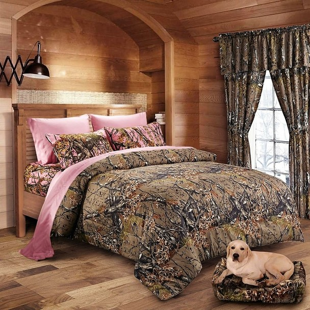 Brown Camo Comforter and Camo Sheet Set [Color: Forest/Pink,Size: Twin]