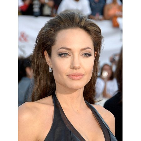 Angelina Jolie At Arrivals For Mr   Mrs Smith Premiere Mann Village Theater Los Angeles Ca June 07 2005 Photo By John Hayeseverett Collection Photo Print
