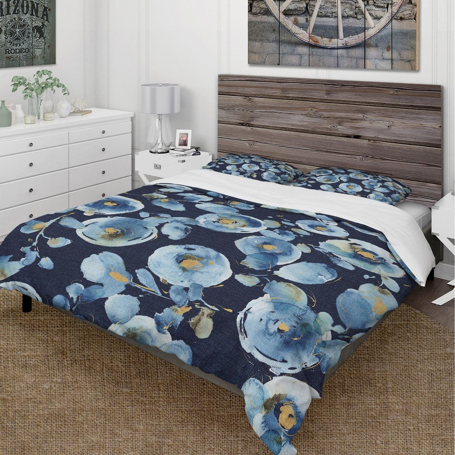 DESIGN ART Designart 'Indigold metallic Flower Pattern' Cottage Bedding Set - Duvet Cover & Shams