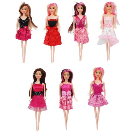7 Piece Set of Modern Style Trendy Fashion Diva Super Model Dolls, Doll Set of Friends, Fashionable Sisters! (Trendy Doll)