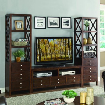 Woodhaven Hill Polson Entertainment Center