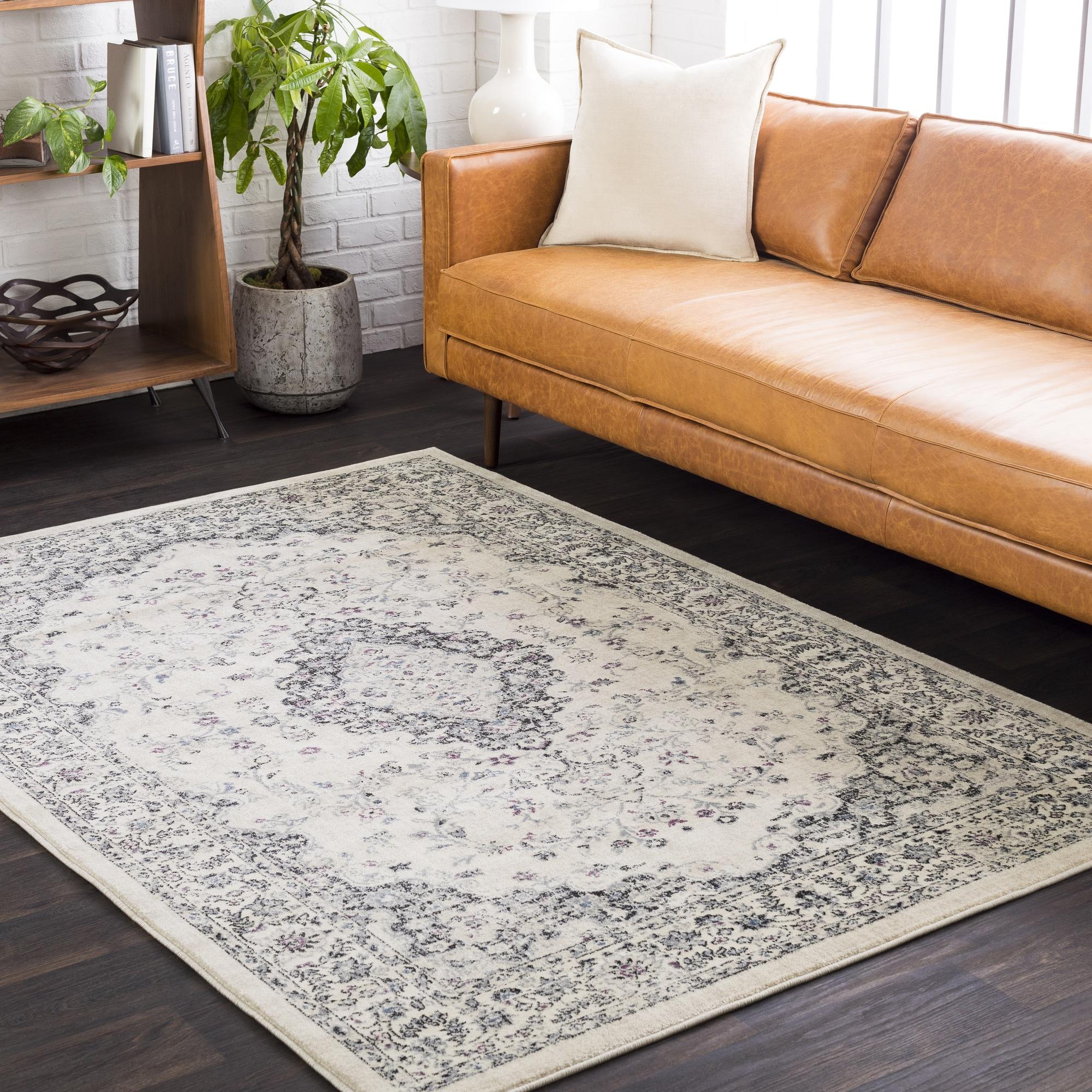 Bonnhan Traditional Oriental Area Rug (5'3 x 7'6)