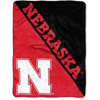 "NCAA Nebraska Cornhuskers ""Halftone"" 46""x 60"" Micro Raschel Throw"