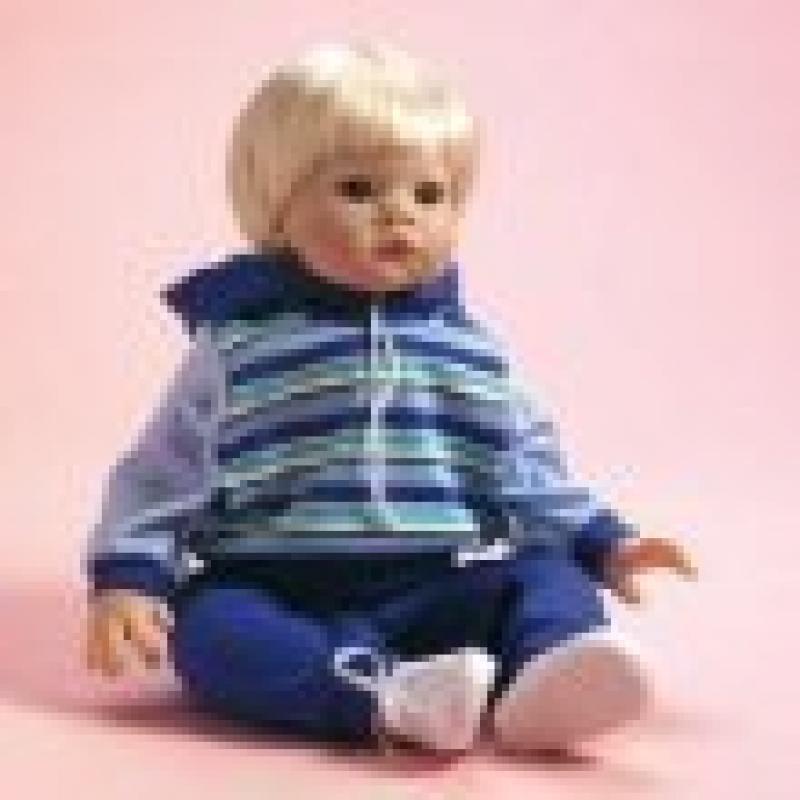 Lee Middleton Doll Duncan