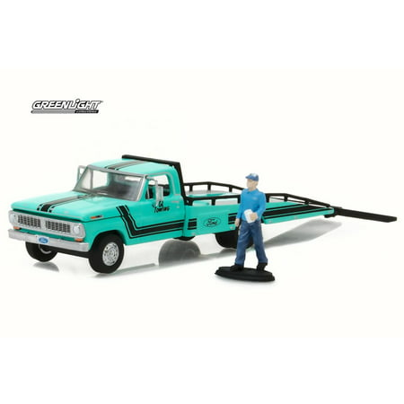 1970 Ford F-350 Ramp Truck w/ Truck Driver Figure, Turquoise - Greenlight 29892 - 1/64 Scale Diecast Model Toy Car