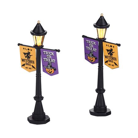 Dept 56 Halloween Village 4038905 Festival Street Lamps  set of 2 2014
