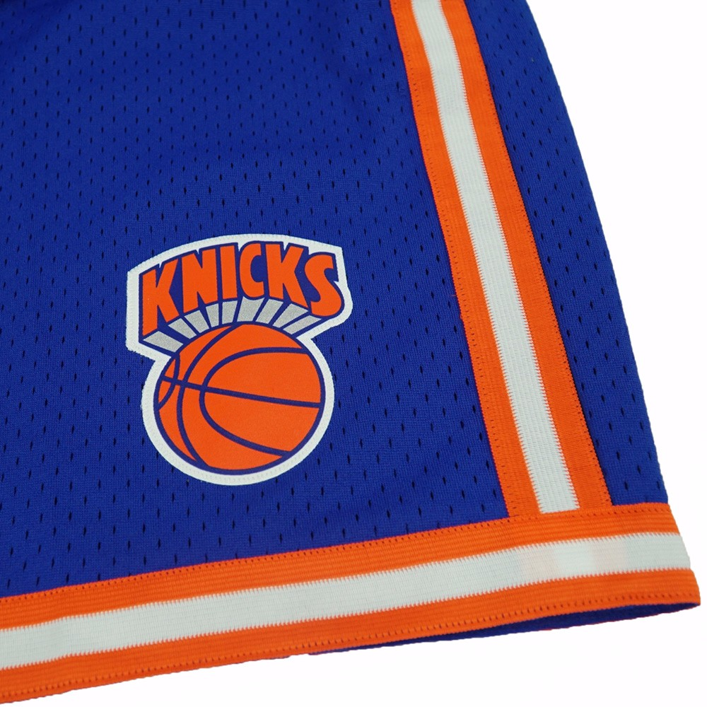 58c6ed70546 New York Knicks Mitchell   Ness Hardwood Classics Swingman Shorts - Royal -  Walmart.com