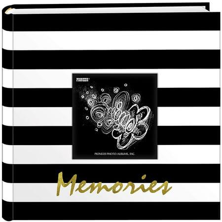 Pioneer Golden Memories Black and White Striped 200 Pocket 4x6 Photo Album