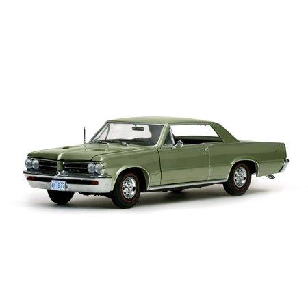 1964 Pontiac GTO Pinehurst Green 1/18 Diecast Model Car by (Babi Italia Pinehurst Conversion Kit Tea Stain)