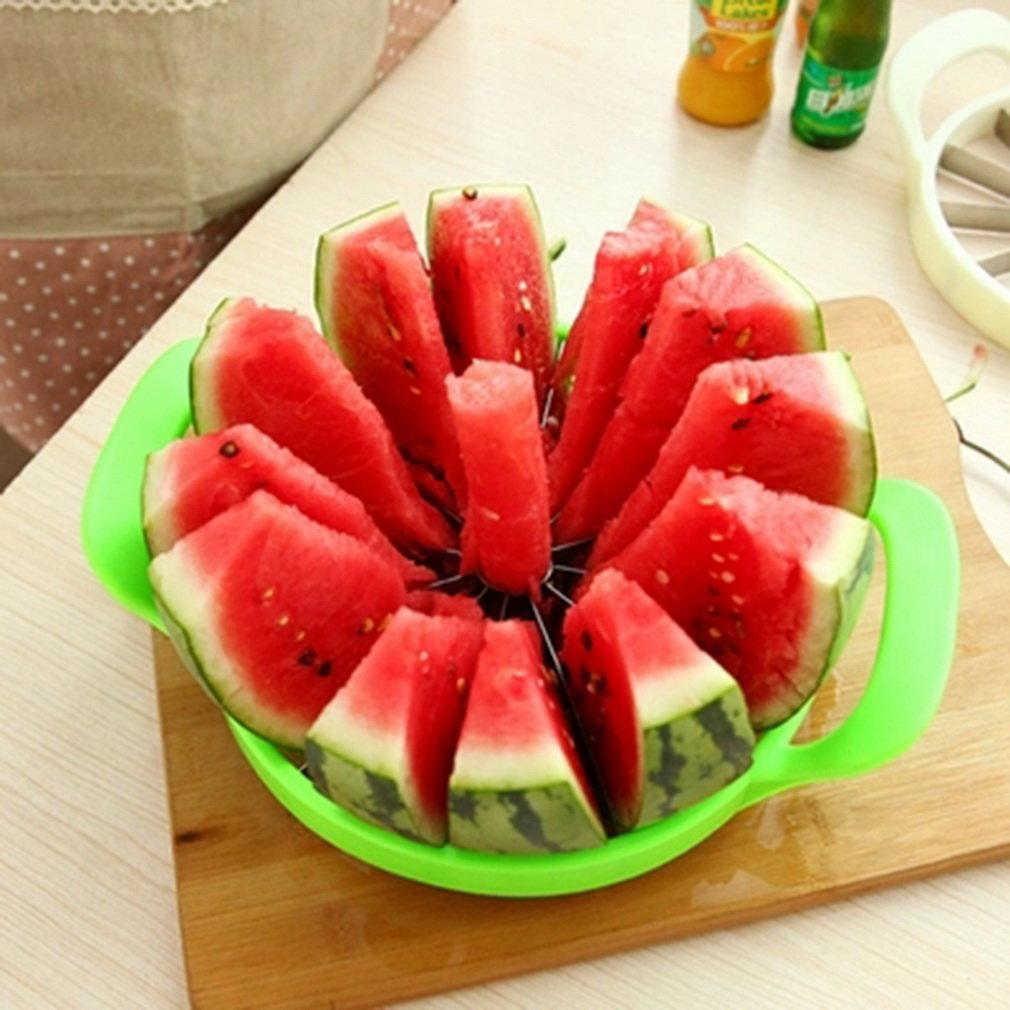 2017 Hot Sale Household Plastic Frame Round Shaped Handhold Watermelon Hamimelon Slicer Cutter