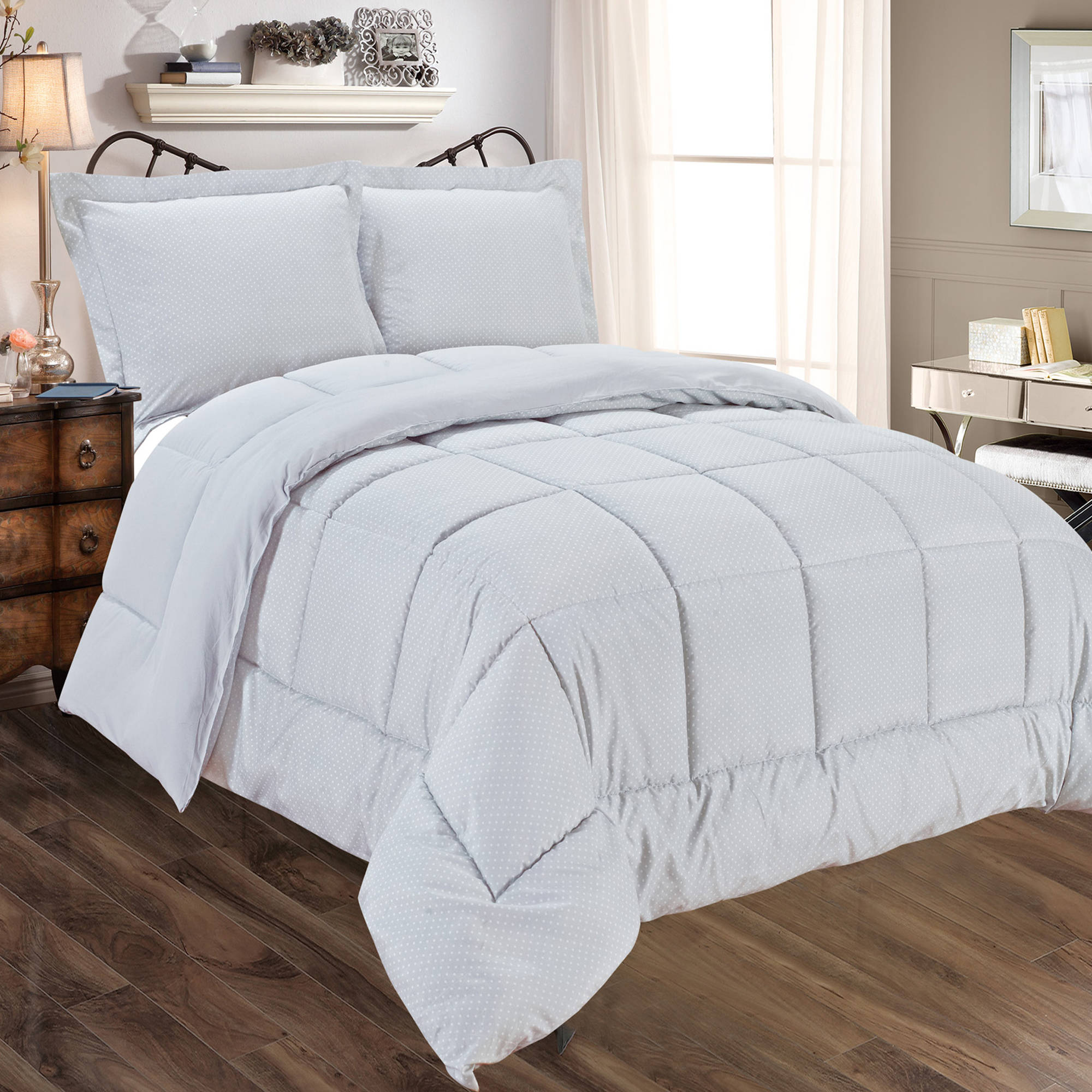 Dot Print to Solid Reversible 3-Piece Comforter and Sham Set
