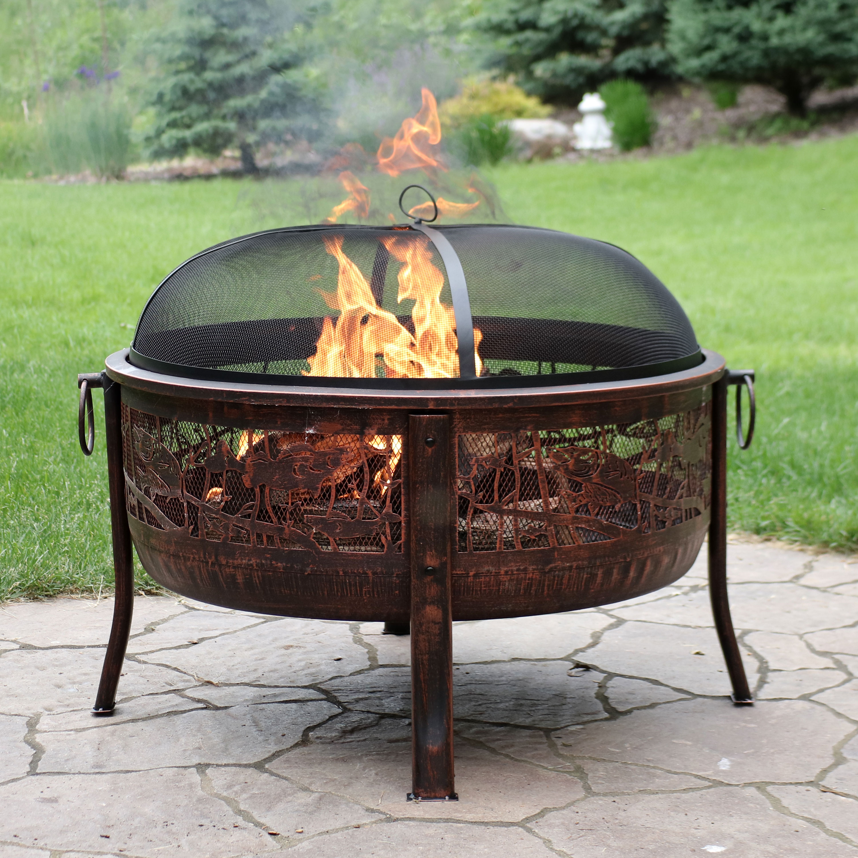 Sunnydaze 0rthwoods Fishing Fire Pit, 30-Inch Diameter, with Spark Screen