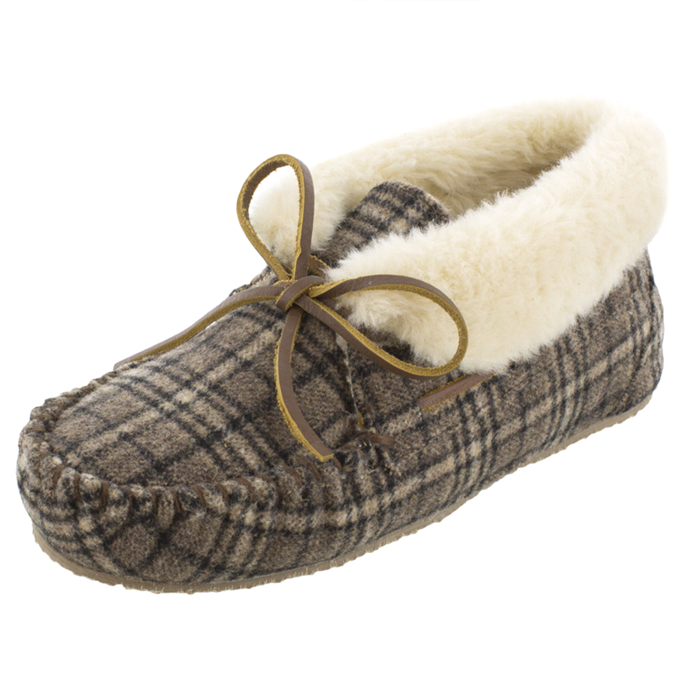 Minnetonka Womens Chrissy Brown Plaid Fur Slipper by MINNETONKA