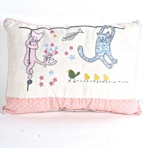 Zoomie Kids Holguin Cats Throw Pillow
