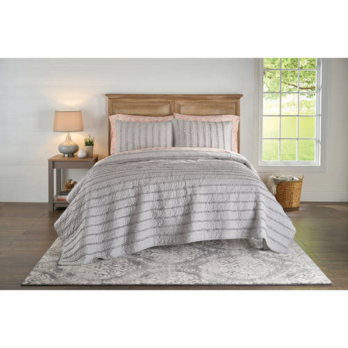 Better Homes & Gardens Solid Ruffle Stripe Quilt, 1 Each
