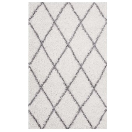 Modway Toryn Diamond Lattice 5x8 Shag Area Rug in Ivory and Gray
