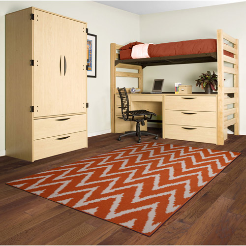 Distressed Zig-Zag Polypropylene Area Rug