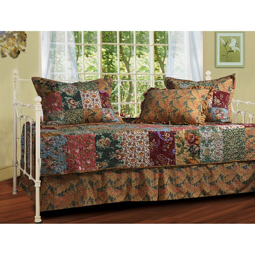 Antique Chic 5-Piece Daybed Set