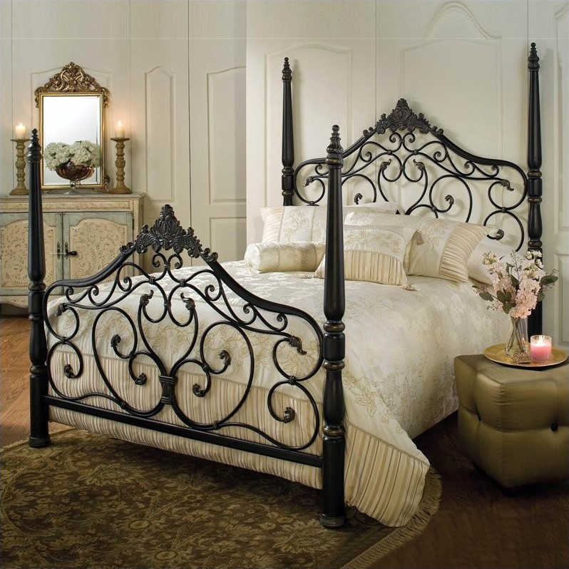 Hillsdale Parkwood Metal Poster Bed in Black Gold Finish-Queen by Hillsdale