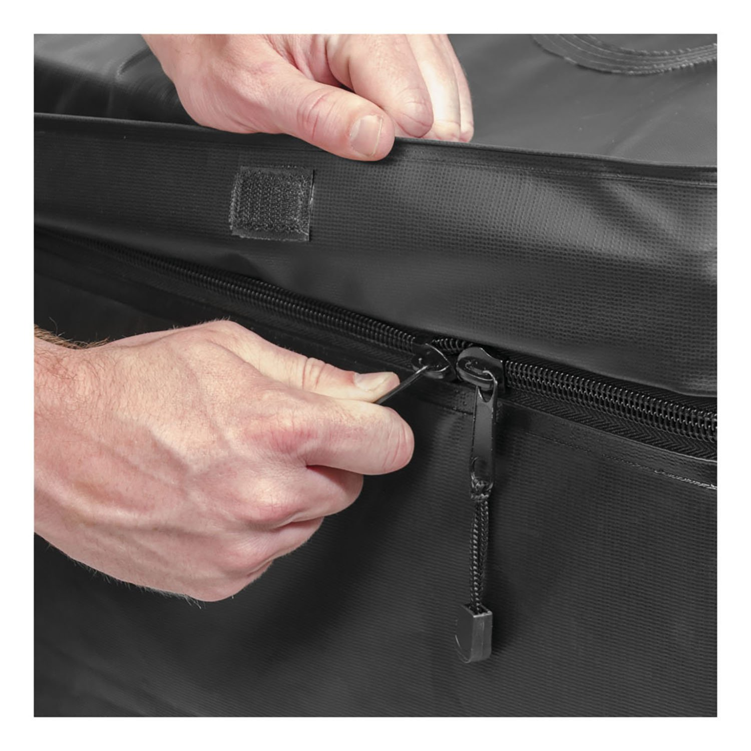 """Curt Manufacturing Cur18221 59"""" x 34"""" x 18In, 21 Cubic Feet, Rooftop Carrier Bag"""