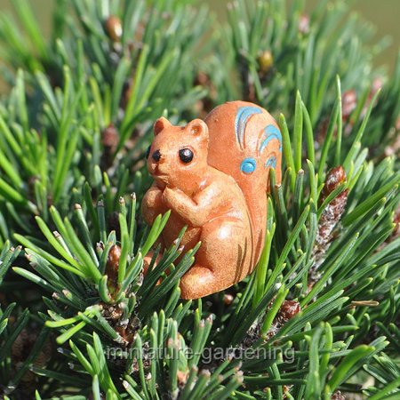 Giftcraft Woodland Squirrel for Miniature Garden, Fairy - Woodland Faries