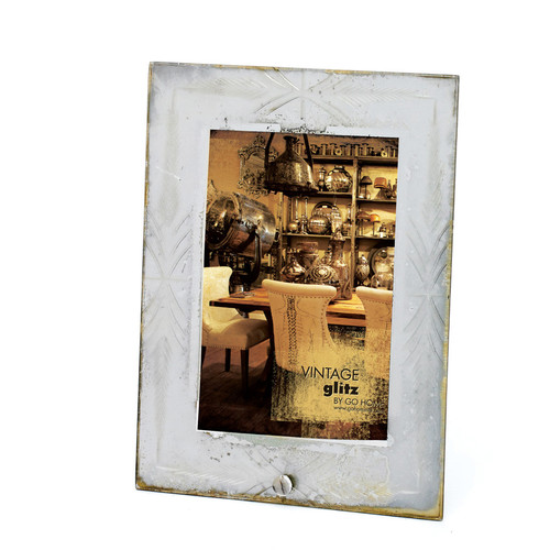 Hip Vintage Etched Antique Silver Photo Frame