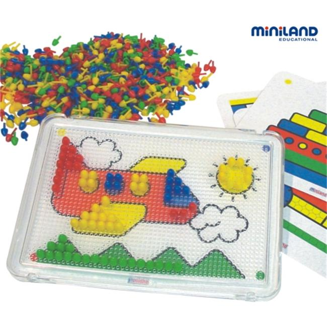 Miniland Educational 31814 Pegs- 10 mm- . 37 inch- 1 board   6 cards   600 pegs- suitcase