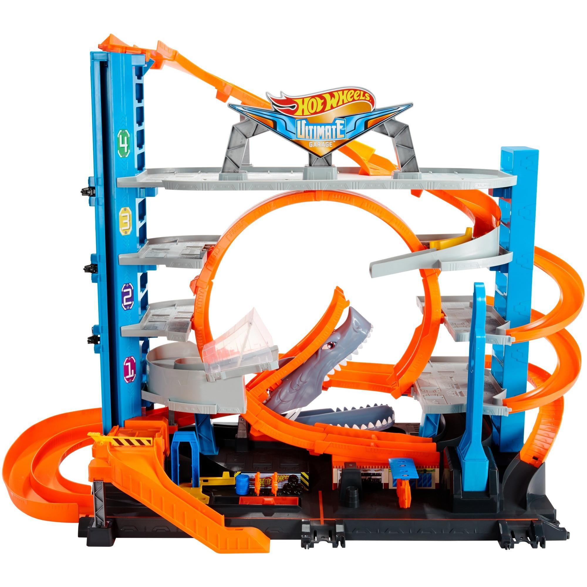 Hot Wheels Ultimate Garage Tower Shark Loop Racetrack, 2 Vehicles Set by Mattel