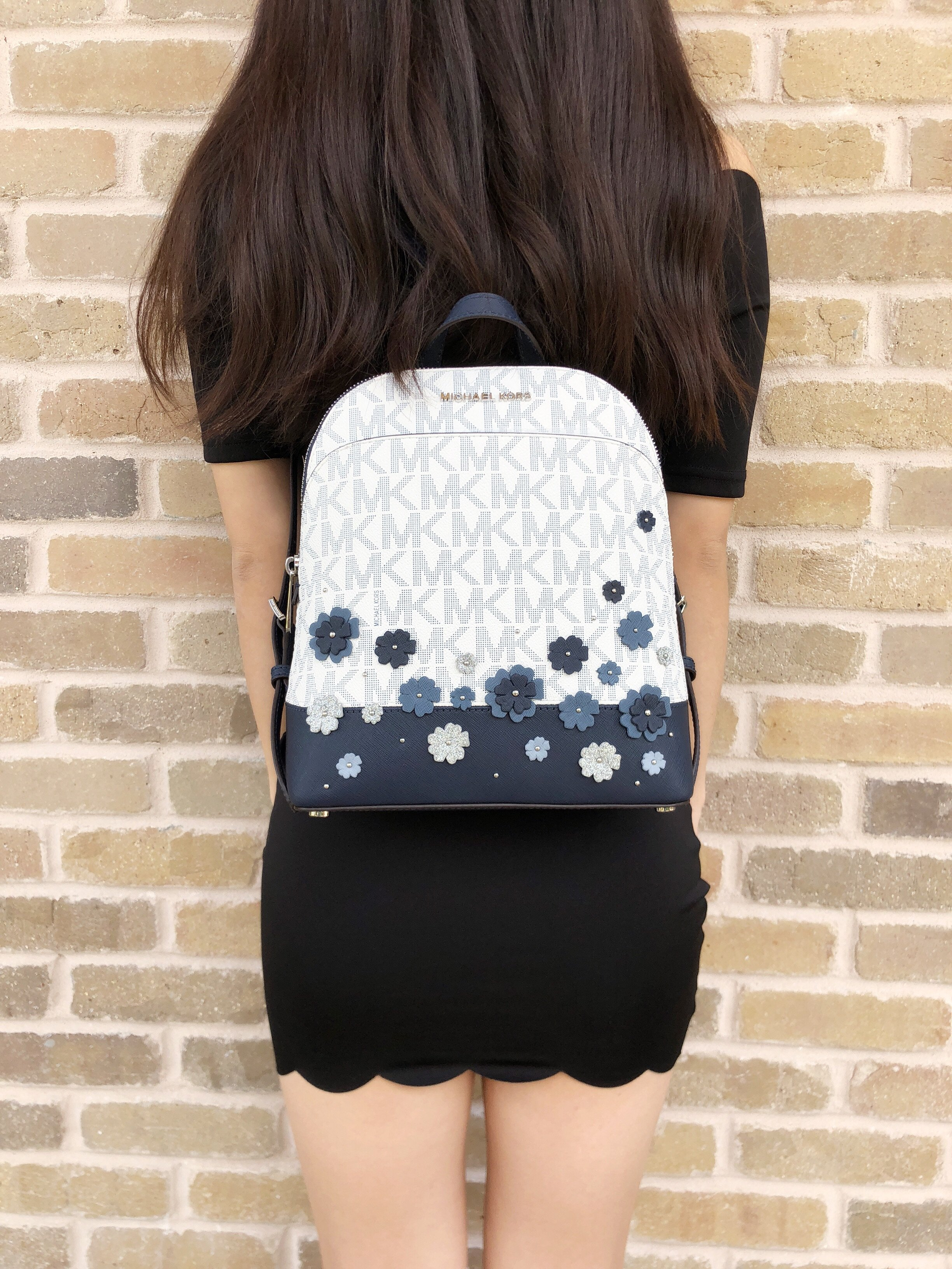 Michael Kors Michael Kors Emmy Small Backpack White MK Signature Navy Floral Glitter