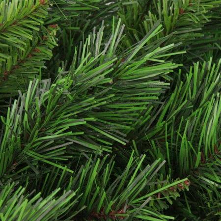 "24"" Lush Mixed Pine Artificial Christmas Wreath - Unlit - image 1 de 2"
