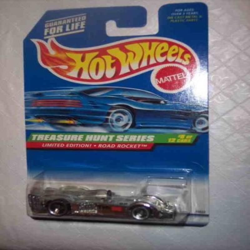 1998 Treasure Hunt #8 Road Rocket #756 Collectible Collector Car Mattel Hot Wheels by