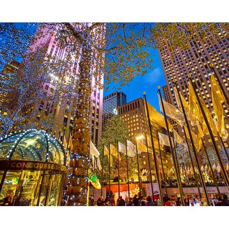 Rockefeller Center Halloween (Rockefeller Center 1000 Piece Jigsaw)