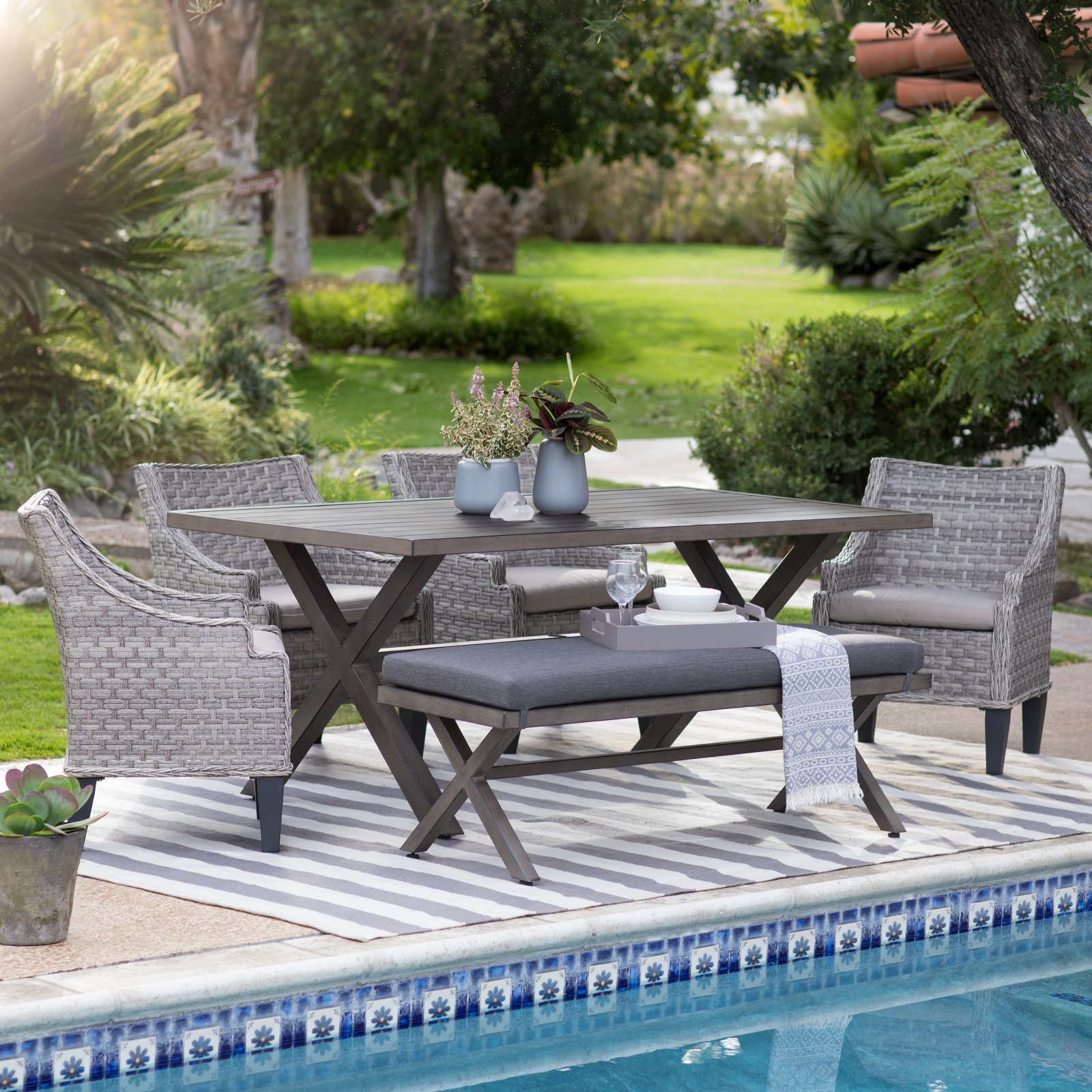 Coral Coast Harlowton 5-Piece Patio Dining Set with Dining Benches and Chairs