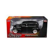 Jada 98880 1939 Chevrolet Master Deluxe Black with Baby Moon Wheels Showroom Floor 1 by 24 Diecast Model Car