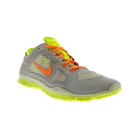 the best attitude 7c1ad 444b2 Nike Women s Free 5.0 Tr Fit 4 001 Ankle-High Fabric Running Shoe - 7.5 ...