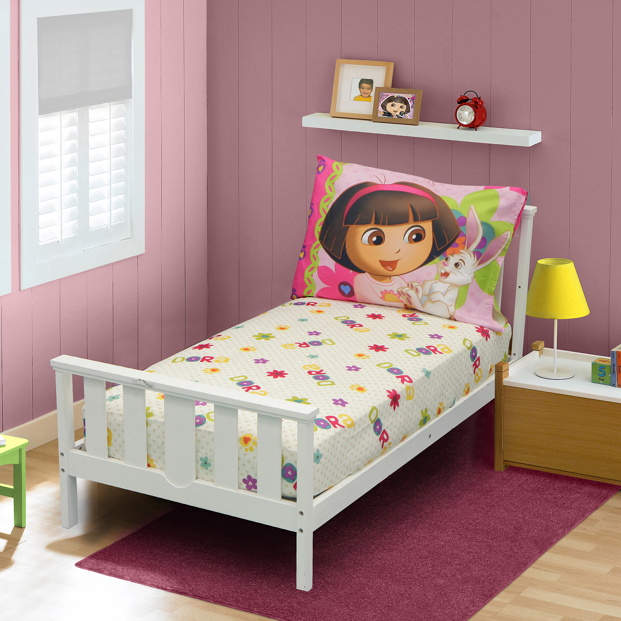 Nickelodeon Dora the Explorer I Love Animals Fitted Sheet and Pillow Case Set