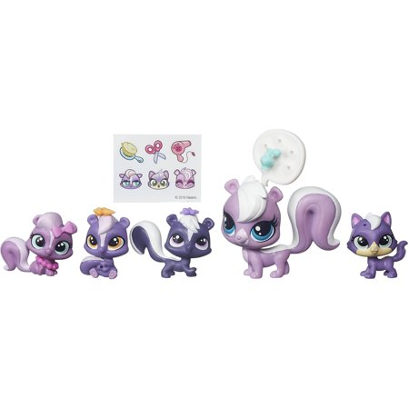 Littlest Pet Shop Surprise Families Mini Pet Pack  Skunks