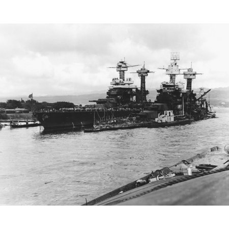 Uss Tennessee Bb (LAMINATED POSTER The U.S. Navy battleship USS Tennessee (BB-43), at left, alongside the sunken USS West Virginia (BB- Poster Print 24 x)