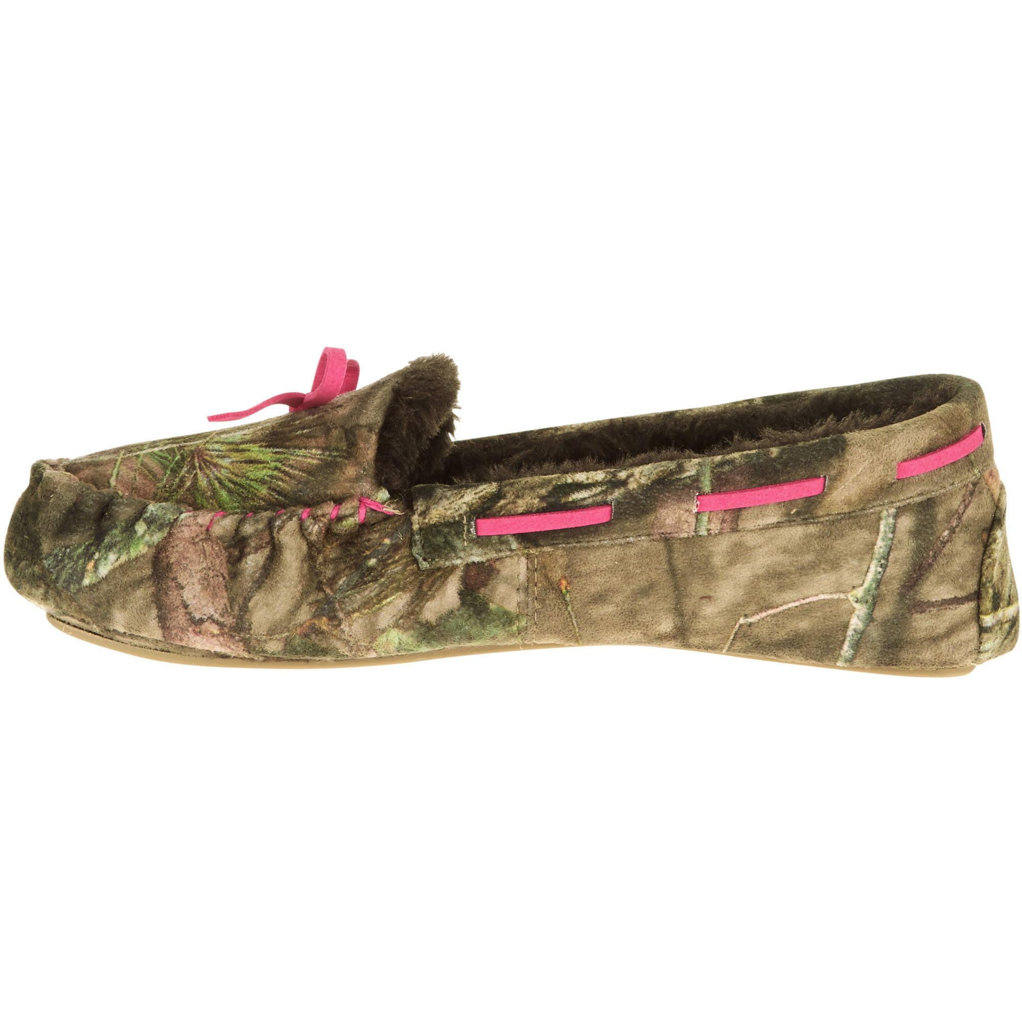 Mossy Oak Womenu0027s Camo Moccasin Slippers   Walmart.com