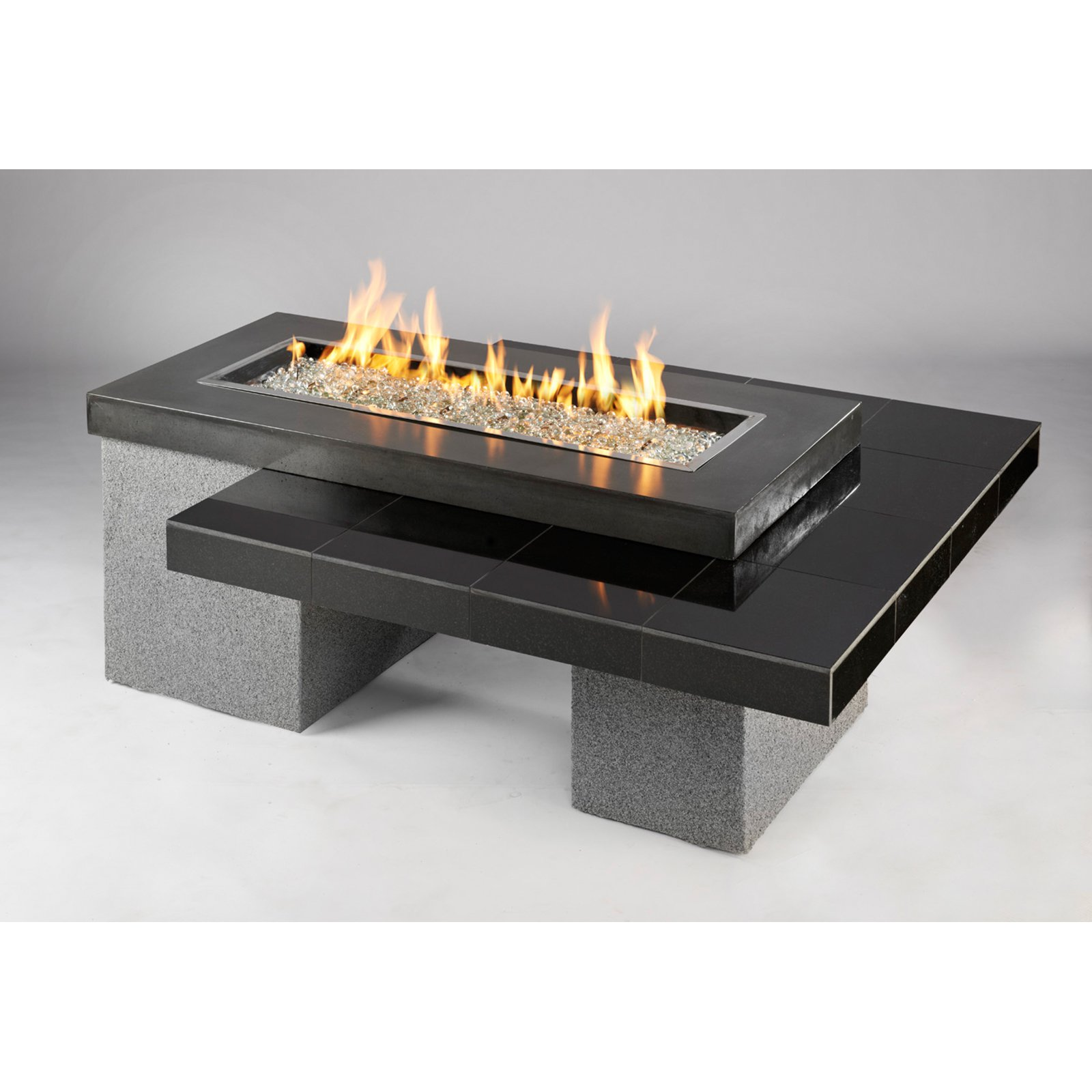Outdoor GreatRoom Uptown Firepit Table 80k BTUs by Firepits