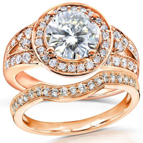 Annello 14k Rose Gold Round-cut Forever Brilliant Moissanite and 1/2ct TDW Halo Diamond Bridal Set Rings Size 10.5