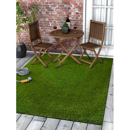 Well Woven Super Lawn Artificial Grass Indoor/Outdoor Synthetic Turf Fade Resistant Easy Care