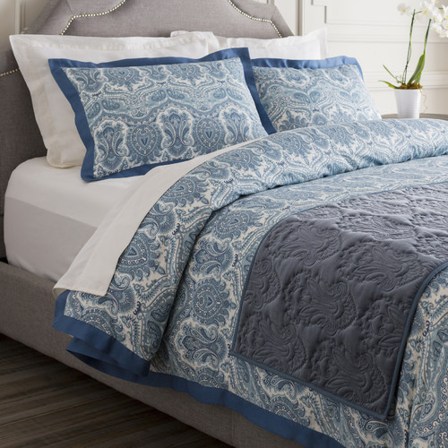 Darby Home Co Quan Bed Runner