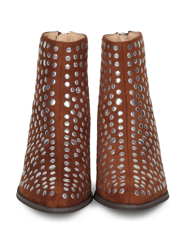 Women Studded Pointy Toe Low Block Heel Bootie HE93
